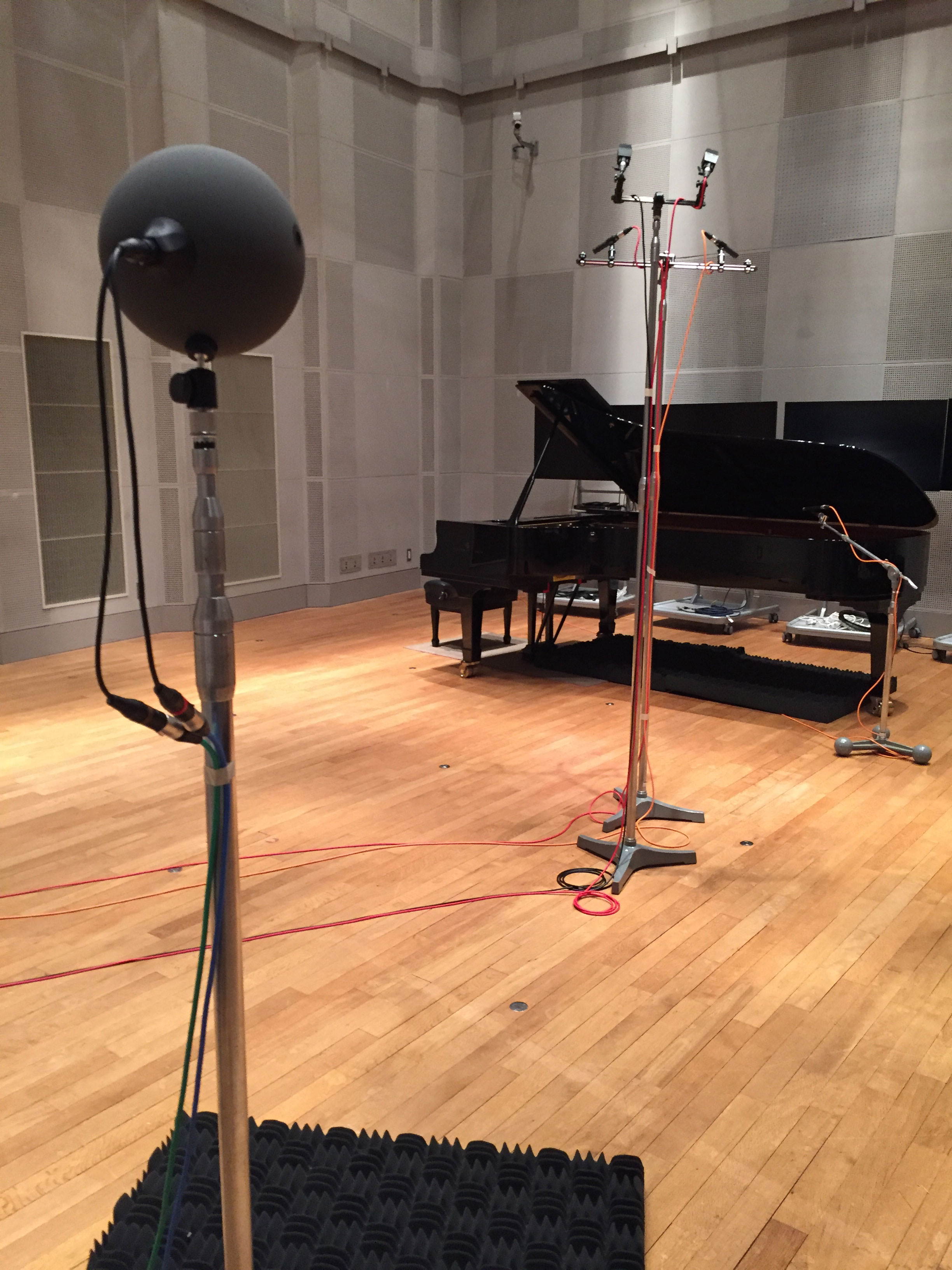 image of recording with Schoeps KFM6